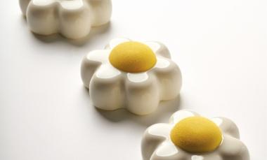 Petit gateau al mango, banana e vaniglia