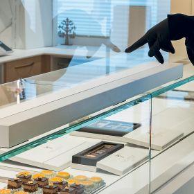 Glass counter barrier 150x70